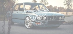 Wallpaper: BMW E28 – Born In The Sky